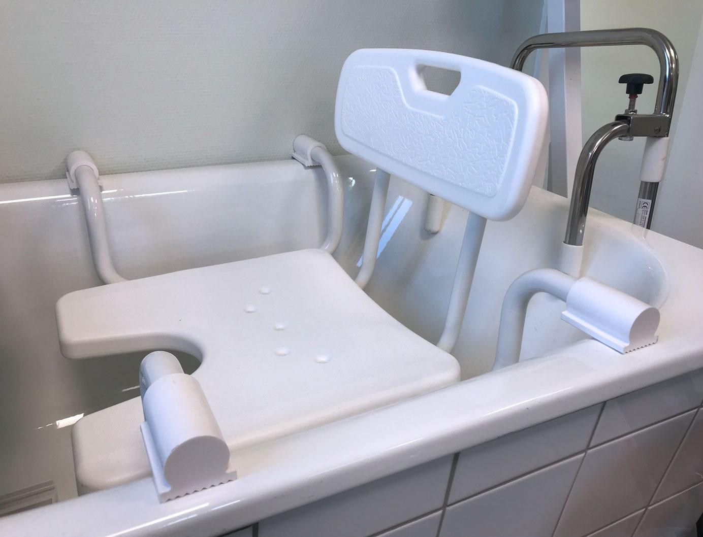 Badehilfen vom Sanitätshaus MOT aus Tettnang und Friedrichshafen